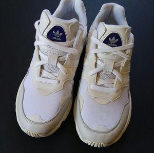COPY - Adidas Originals Yung-96 Dad Chunky Sneake…